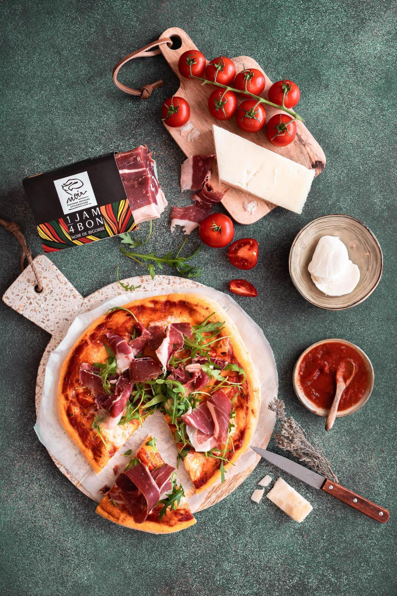 Photographe recette pizza publicite noir de bigorre dax landes